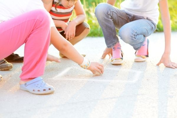 outdoor play learning at home