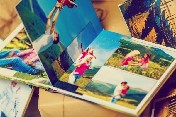 how to display family travel photos